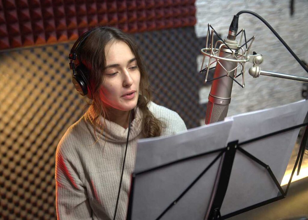 запись подкастов в студии в Москве